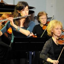 Solistka Anja Colja, študentka medicine in akademije za glasbo.