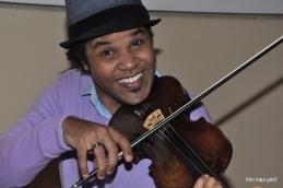 Niti violinisti...