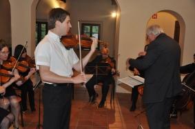 Scherzo-Tarantella, H. Wieniawskega, je izvedel Andrej Gubenšek.
