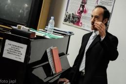 Pomoč organista g. Ivana.