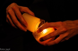 Prižiganje velikonočne sveče.