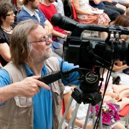 Snematelj Tone Stojko.