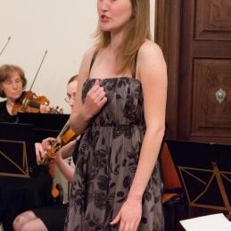 Sanjo Zupanič smo spremljali ob dveh pesmih Dvoraka in Griega.