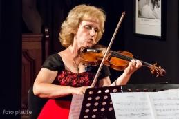 Prva violina kvarteta, prof. Monika Skalar.