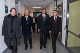 Borut Pahor z arhitektom stavbe, prof. dr. Borisom Podrecco in rektorjem Univerze v Mariboru, prof. dr. Danijelom Reboljem.
