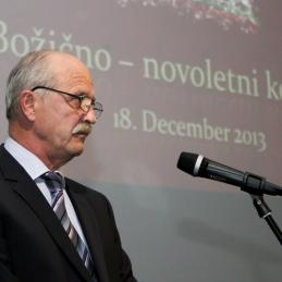 Slovesen nagovor predsednika Zdravniške zbornice Andreja Možine, dr.med., spec. ginekologije in porodništva.