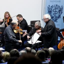 Kot solist se nam je pridružil violist Boris Krajnik.