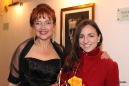 Prof. Slavec z violinistko in študentko medicine, Lucijo Čemažar, ki z nami občasno sodeluje kot solistka, na koncertu pa je tokrat nastopila v zasedbi Pro Medico.