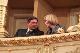 G. Pahor in ga. Fink v častni loži.