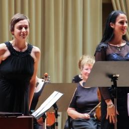 Marimbistka Petra Bartol ter sopranistka Dunja Tinauer.