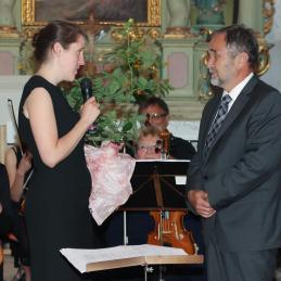 In pa še majhna pozornost orkestra, dr. Košoroku smo podarili mnogocvetno vrtnico.