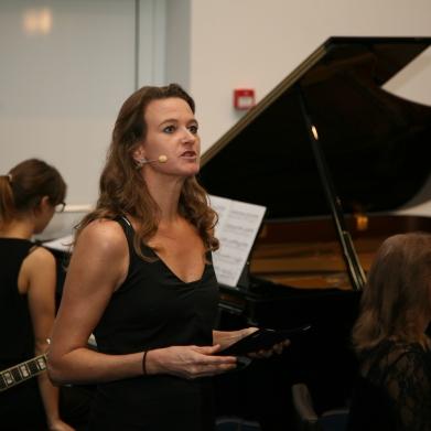 Prireditev je povezovala Polona Wallas Lečnik.