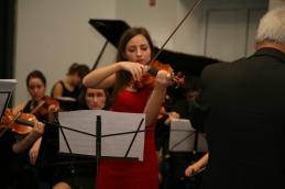 ... in Lucija Čemažar pa sta skupaj z zborom in sopranistko Sanjo Zupanič izvedla Ave Mario.